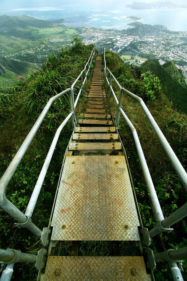 haiku-stairs-hawaii_21